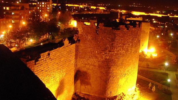 Diyarbakır Surları UNESCO'ya giriyor!