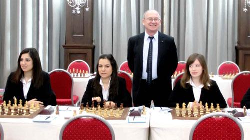 Satranççılar 'Şah'a Kalktı