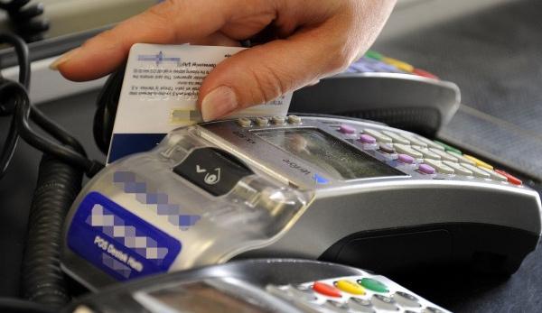 Kredi kartında taksit artacak, borçlar yapılandırılacak