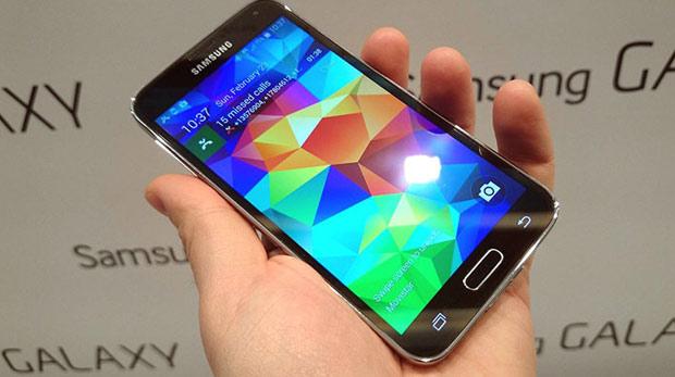 Samsung Galaxy S5 satışta!