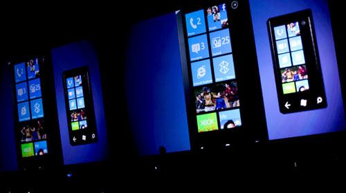 Windows Phone Mango Geliyor