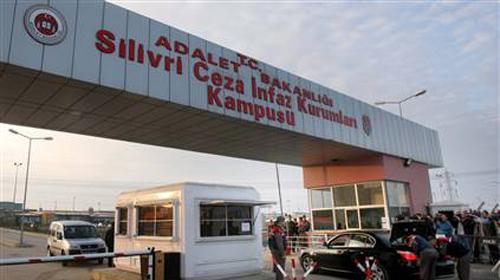 Binlerce kişi Silivri'ye yola çıktı