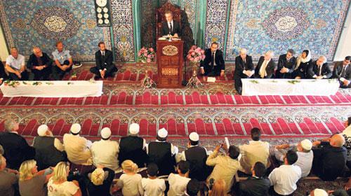 Oslo Camii'nden Birlik Mesajı