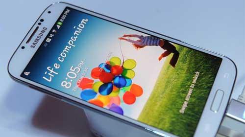 Galaxy S4, Apple ve iPhone'u bitirir mi?