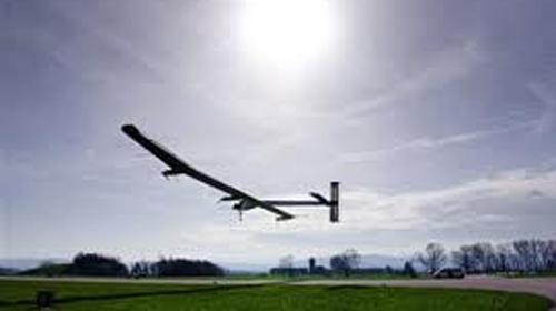 Güneş Enerjisiyle Uçan Uçak Arıza Yaptı