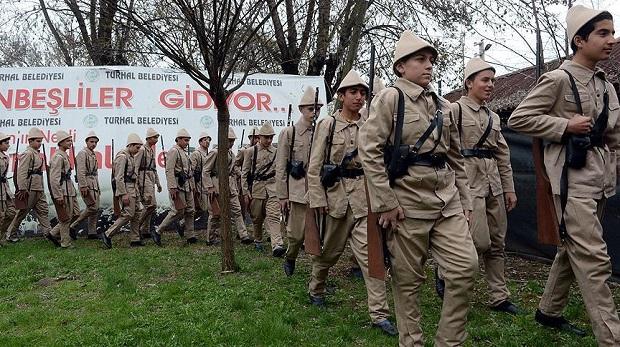 'Onbeşliler' Çanakkale yolunda