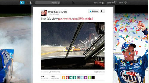 Nascar Sürücüsü Yarış Sırasında Tweet Attı