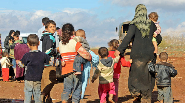"""Suriyelilere """"geçici kimlik"""" verilecek"""