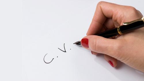 Yeni Mezunlar Nasıl CV Hazırlamalı