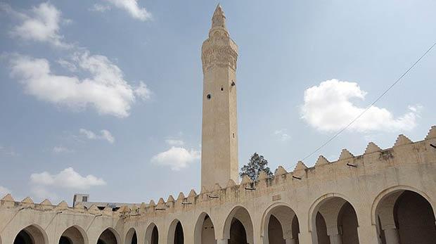 """Yemen'de İslam'ın ilk mescidi: """"el-Cund"""""""