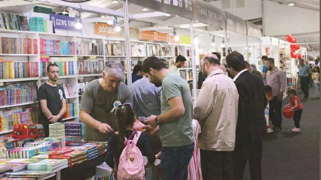 37 yıllık Sultanahmet kitap fuarı bu Ramazan ayında malesef yok