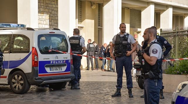 Paris'te araçlı saldırı