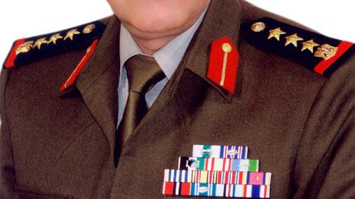 Suriyeli 1 general 5 subay Türkiye'ye sığındı