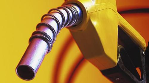 Benzin ve Motorine 15 Kuruş İndirim