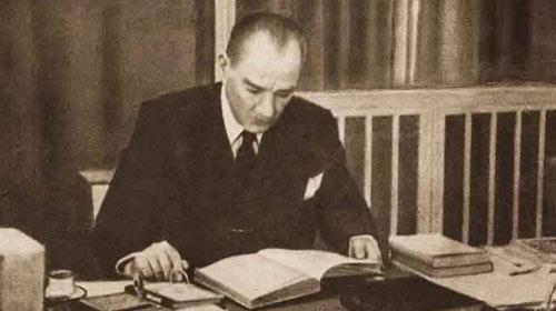 Gençliğe Hitabe'yi Atatürk yazmadı!