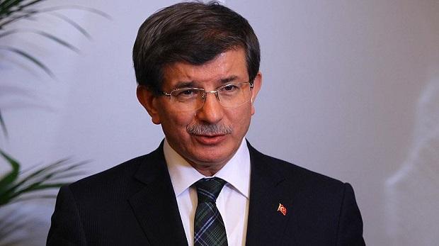 """""""Başbakanlığı bıraktım ancak siyaseti bırakmadım"""""""