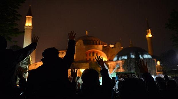 Radikalleşme,dünyevileşme arasında Müslüman genç