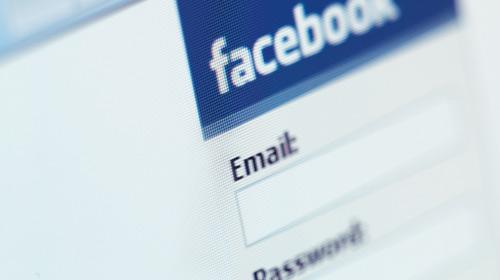 Facebook Neden 'Mavi'?