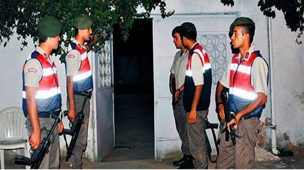 Firari darbeciler yargıtay üyesinin evinden çıktılar