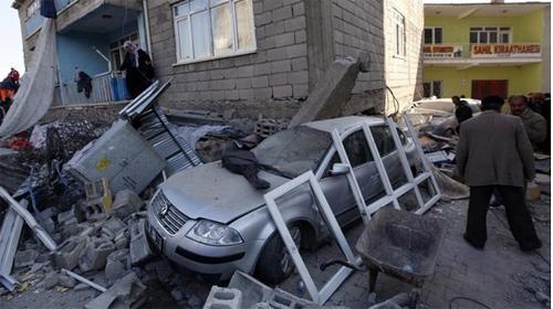 Van'da 29 Kamu Binasına Risk Raporu