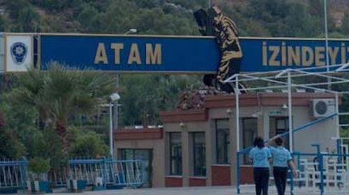 Asker İHL'lilere Kapıyı Kapattı Polis Açtı