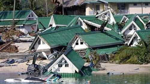 Endonezya'da Felaket Bitmiyor