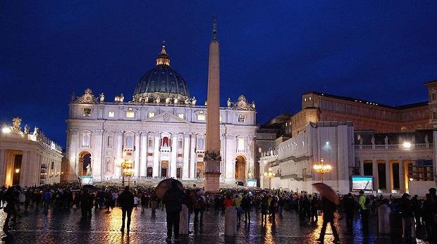 Torunu, Geylani'nin Vatikan'daki kitaplarına ulaştı