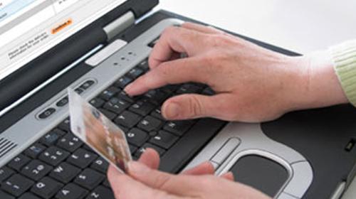 Dört Kişiden Biri Online Alışveriş Yapıyor