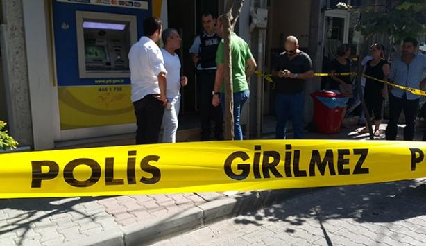 Eyüp'teki PTT şubesinde soygun