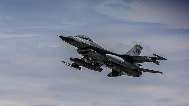 F 16'lar DAEŞ hedeflerini bombaladı