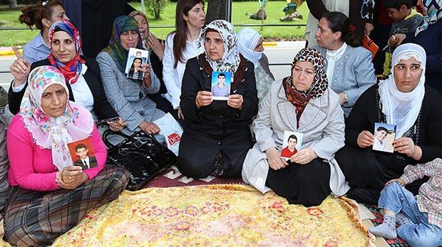 Oğullarını PKK'dan alana kadar eylem yapacaklar
