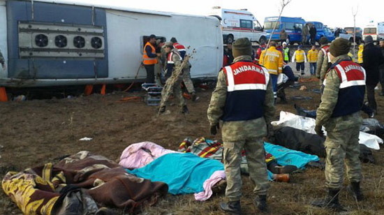 Yine bir otobüs kazası: 8 kişi öldü