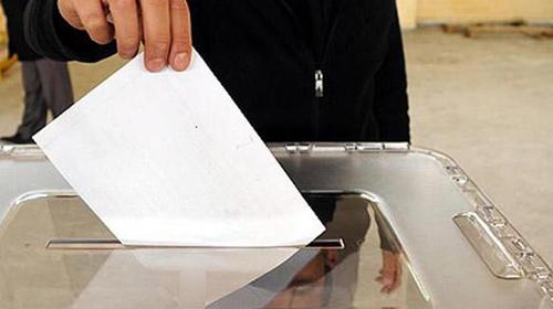 Erken seçim için düğmeye basıldı