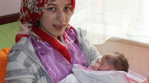 Azra Bebek ile Annesi Yeniden Bir Arada