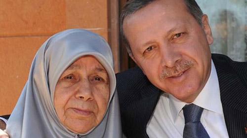 Erdoğan'ın Annesi Edediyete Uğurlanacak
