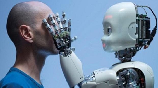 Robotlar da hissedecek