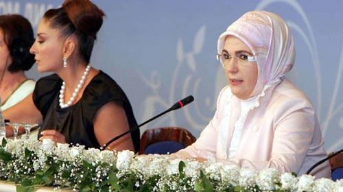 Emine Erdoğan'a Brüksel'de Ödül