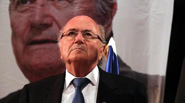 Blatter'in başkanlığı askıya alındı
