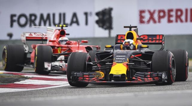 Bahreyn Grand Prix'sinde zafer Vettel'in