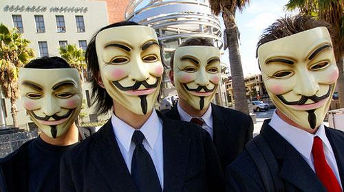Anonymous'tan 3 Kişiye Gözaltı