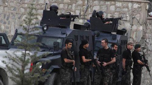 Maltepe'de helikopterli şafak operasyonu!