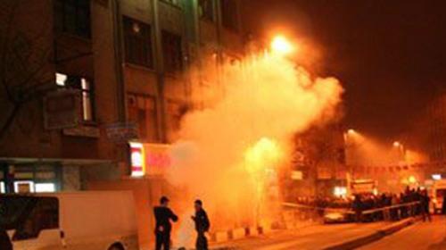 İzinsiz Gösteride Polise Kurşun Sıkıldı