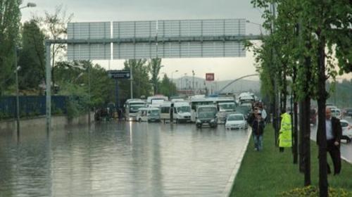 Sağanak Yağış Etkisini Artıracak