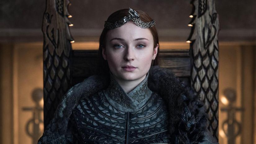 Game of Thrones'un 'Sansa Stark'ı Sophie Turner, final sezonunun tekrar çekilmesi için yapılan kampanyaya tepki gösterdi