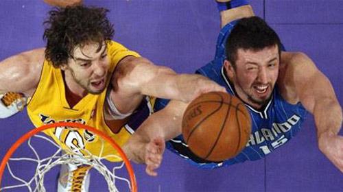 Lakers'a Orlando Çelmesi