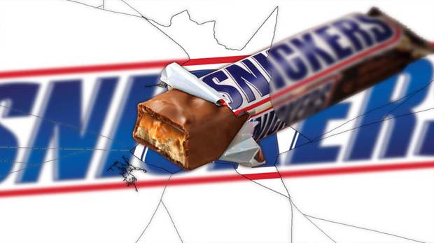 Dikkat! Snickers skandalı Türkiye'ye sıçradı