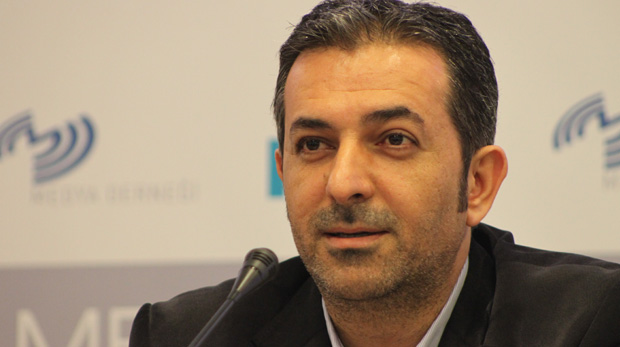 Akif Beki, Radikal'den Hürriyet'e transfer edildi