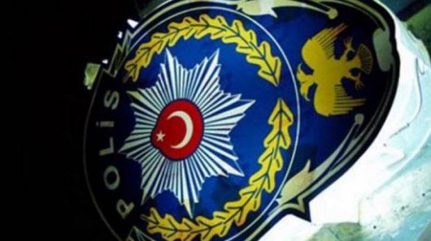 40 polis ihraç edildi