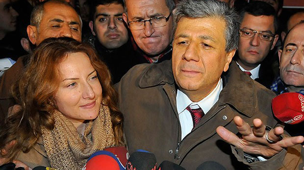 Mustafa Balbay kimdir?
