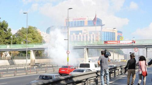 BDP'liler metrobüs yoluna bomba attı!